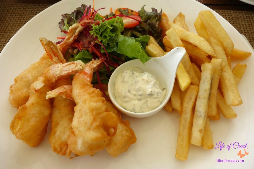 Thailand, Phuket, Katathani Hotel, Fried prawns and chips