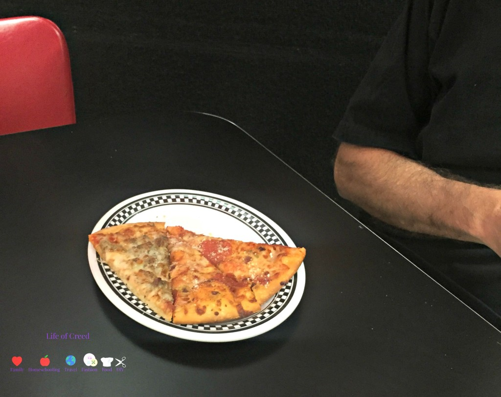 Incredible Pizza Review via lifeofcreed.com @LifeofCreed -