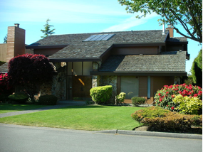 Image source: https://commons.wikimedia.org/wiki/File:Contemporary_home_in_Richmond,_BC.JPG
